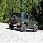 Suzuki Jimny perfil trasero