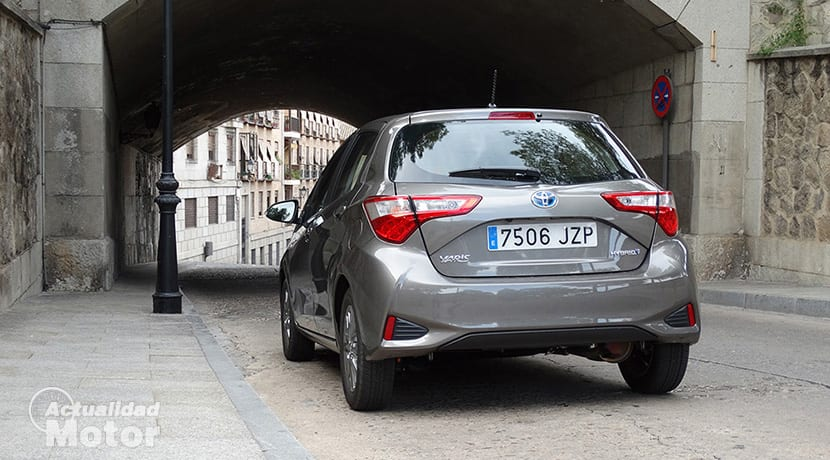 Toyota Yaris hybrid cambio automático