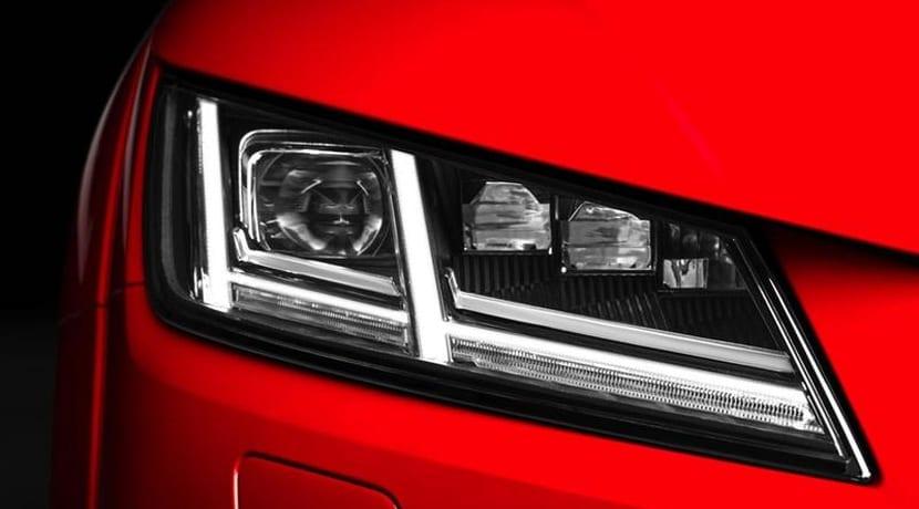 Ficha Audi TTS