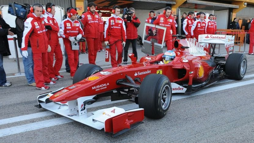 Alonso con el Ferrari 2009