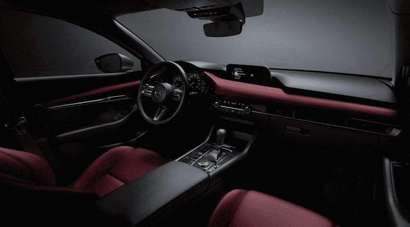 Interior del Mazda 3 Cuarta Generación