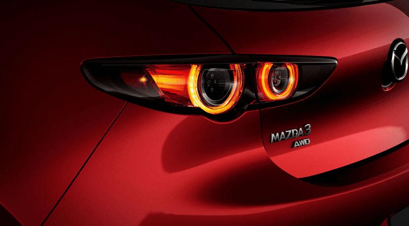 Luces traseras del Mazda 3 Cuarta Generación