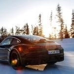 Porsche 911 en desarrollo en la nieve