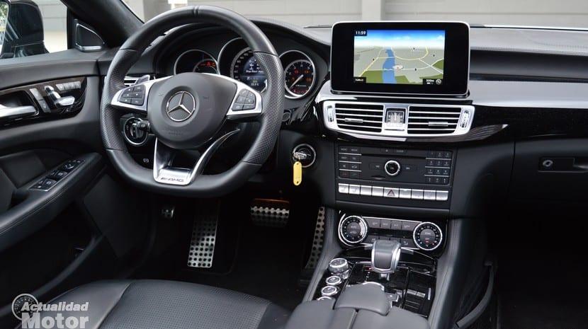 Prueba Mercedes CLS 63 AMG volante