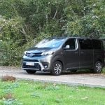 Prueba Toyota Proace Verso 180D lateral perfil