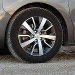 Prueba Toyota Proace Verso 180D llantas de 17 pulgadas