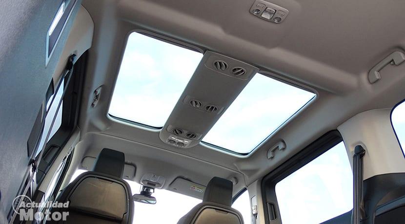 Prueba Toyota Proace Verso techo solar y salidas de aire
