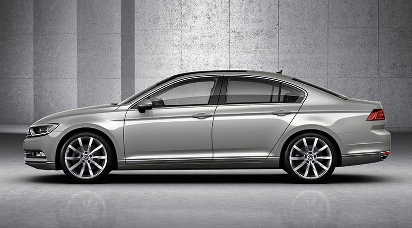 Lateral del Volkswagen Passat