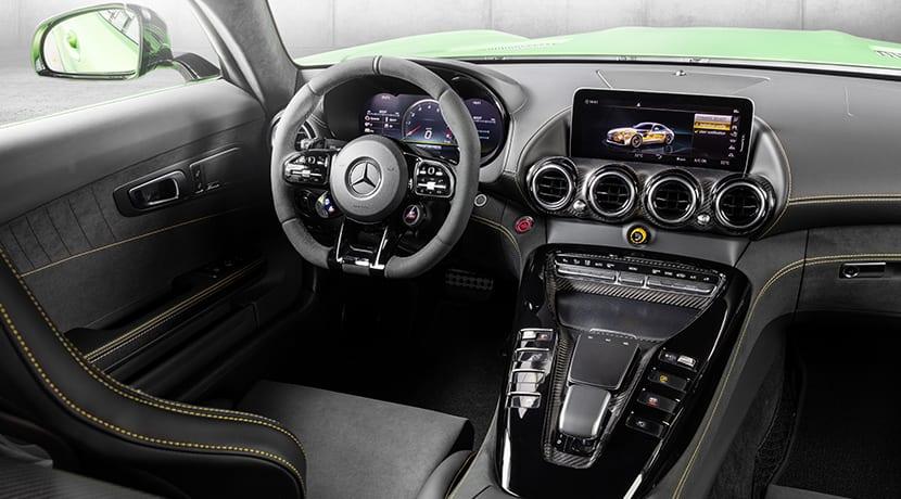 Interior del Mercedes-AMG GT R Pro