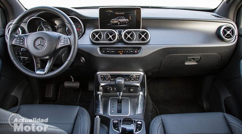 Interior del Mercedes Clase X