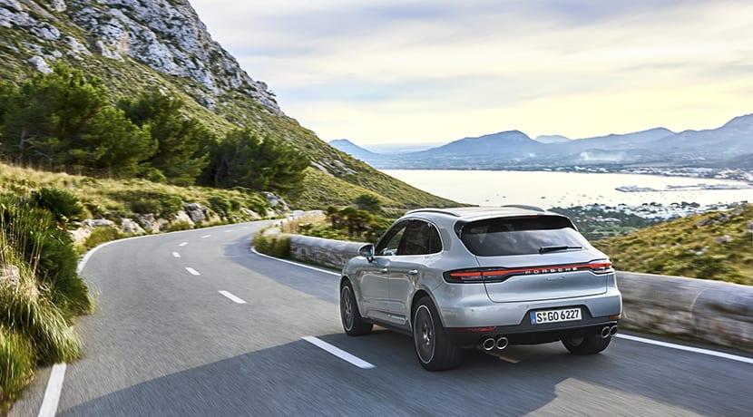 Porsche Macan S trasera
