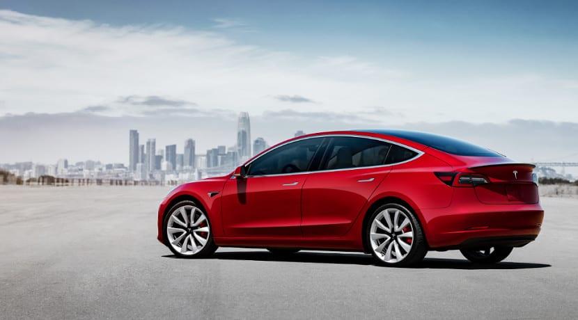 El Tesla Model 3 llega a España con este precio