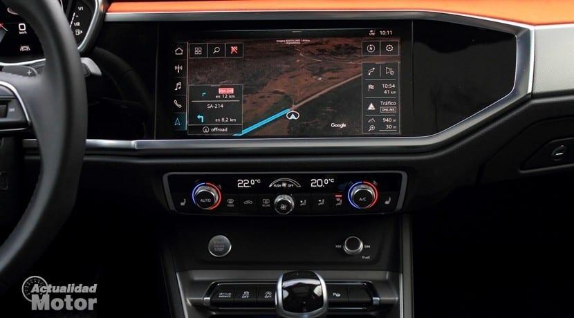 Audi Q3 45 TFSI quattro Stronic pantalla MMI plus y climatizador