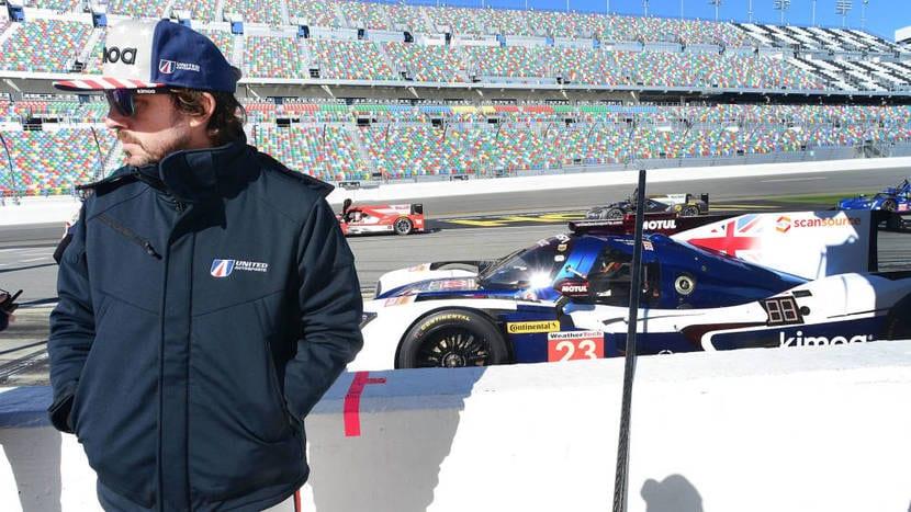Fernando Alonso en el circuito para las 24h de Daytona