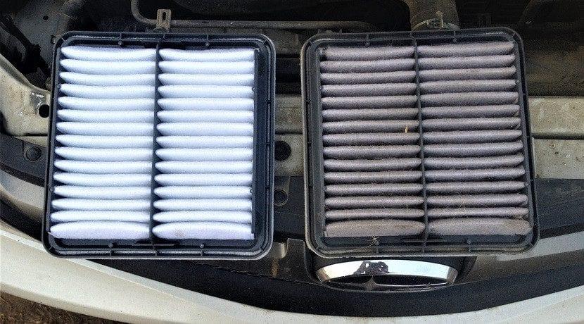 Verificar el filtro de aire de un coche