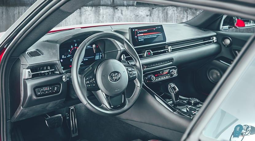 Diseño interior del Toyota Supra