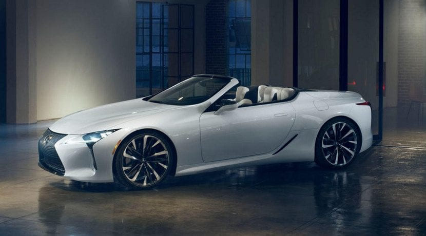 Frontal del Lexus LC descapotable