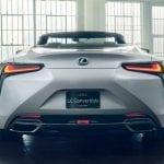 trasera del Lexus LC descapotable