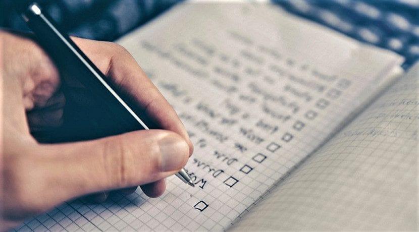 Lista de datos del contrato compraventa para la compra de un coche de segunda mano