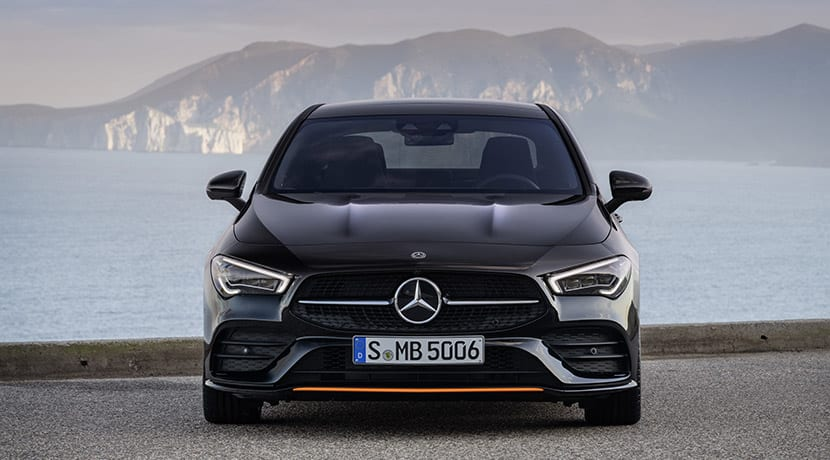 frontal Mercedes CLA