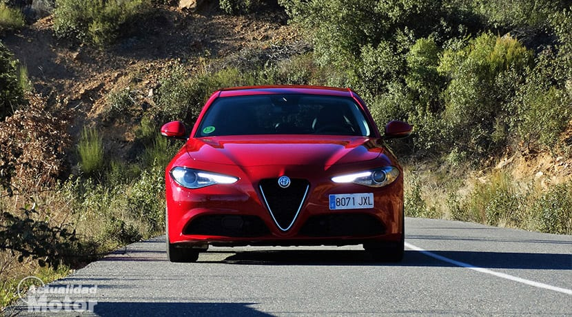 Prueba Alfa Romeo Giulia 200 CV frontal