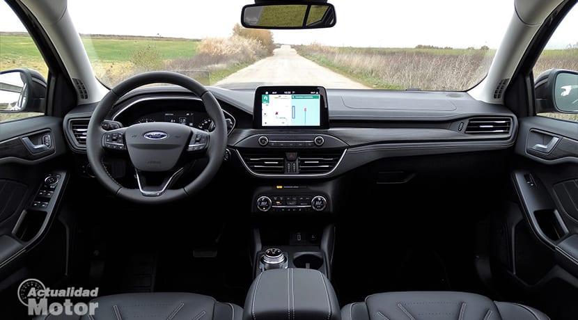Diseño interior del Ford Focus Vignale