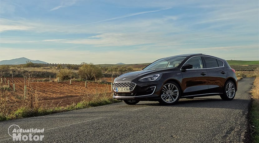 Ford Focus Vignale lateral