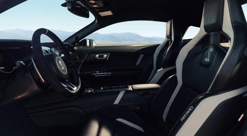 Interior del Shelby GT500 2019