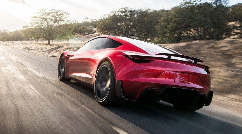 Tesla Roadster y los propulsores del Paquete SpaceX