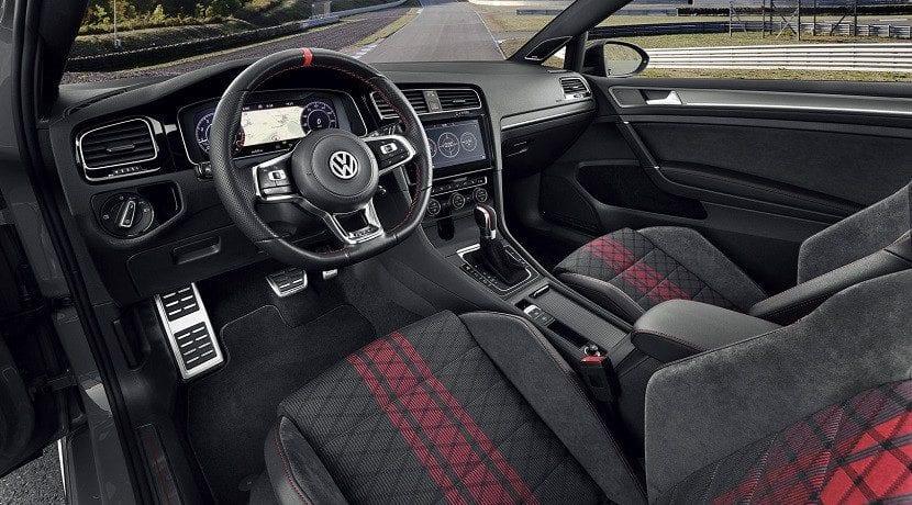 Interior del Volkswagen GTI TCR 2019