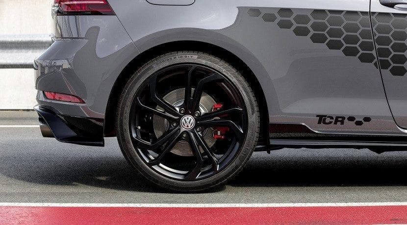 Vinilos y llanta del Volkswagen GTI TCR 2019