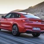 BMW X4 M dinámica trasera