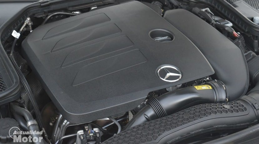 Mercedes C 200 EQ Boost motor