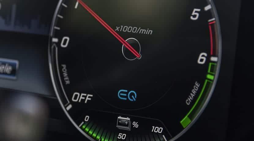Mercedes Clase E 300 e híbrido enchufable cuadro instrumentos