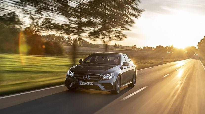 Mercedes Clase E 300 e híbrido enchufable dinámica