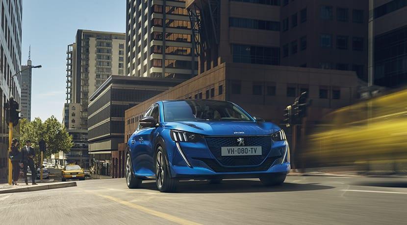 Peugeot e-208 dinámica