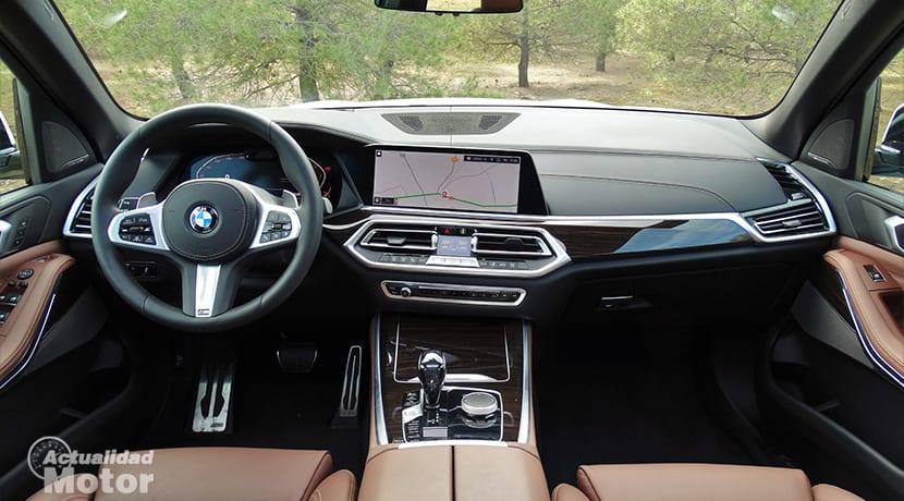 Diseño salpicadero BMW X5 prueba