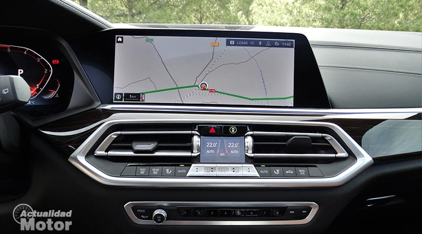 Pantalla de infoentretenimiento del BMW X5