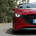 Prueba Mazda3 faro LED