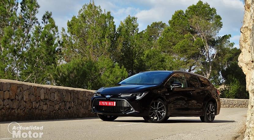 Prueba Toyota Corolla Touring Sports perfil delantero