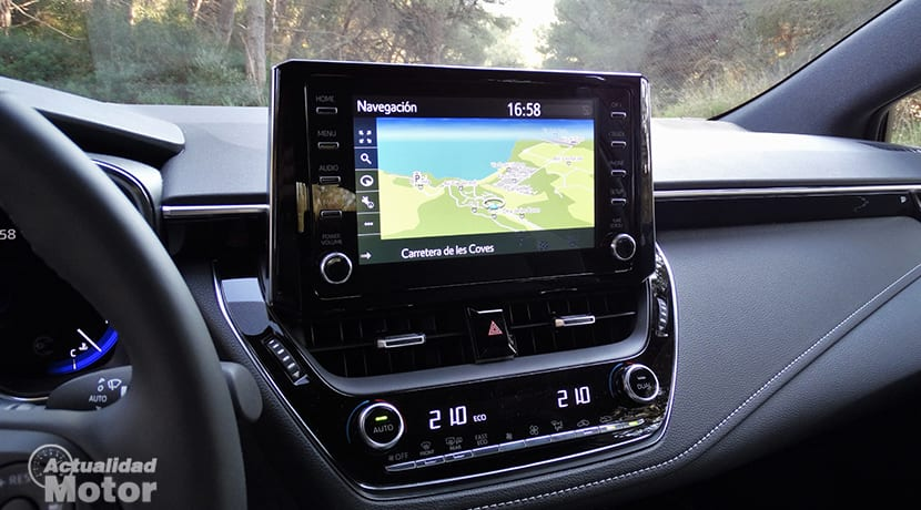 Prueba Toyota Corolla pantalla táctil