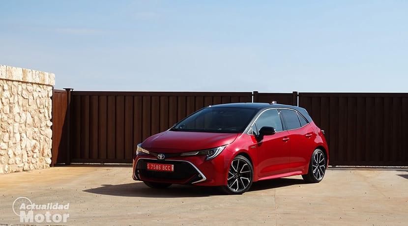 Prueba Toyota Corolla 180 CV perfil delantero