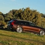 Lateral Volvo V90 Cross Country