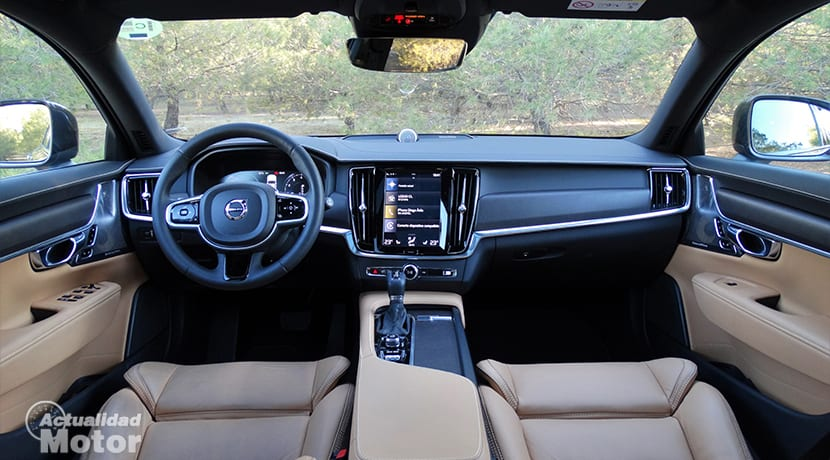 Diseño salpicadero del Volvo V90