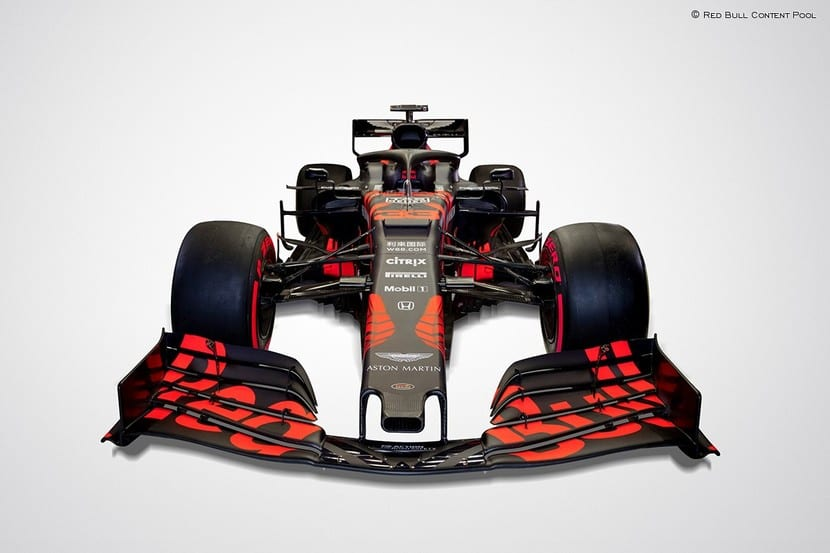 Frontal del RB15