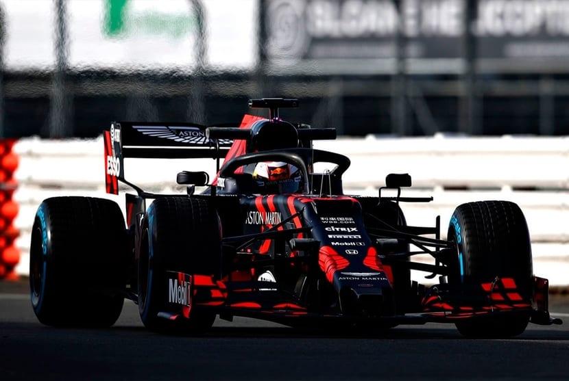 Red Bull rodando