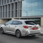 Toyota Corolla Touring Sports perfil trasero