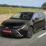 Toyota Corolla Touring Sports perfil delantero