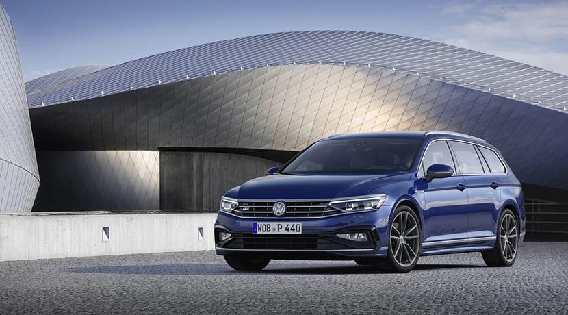 Volkswagen Passat Variant R-Line lateral perfil