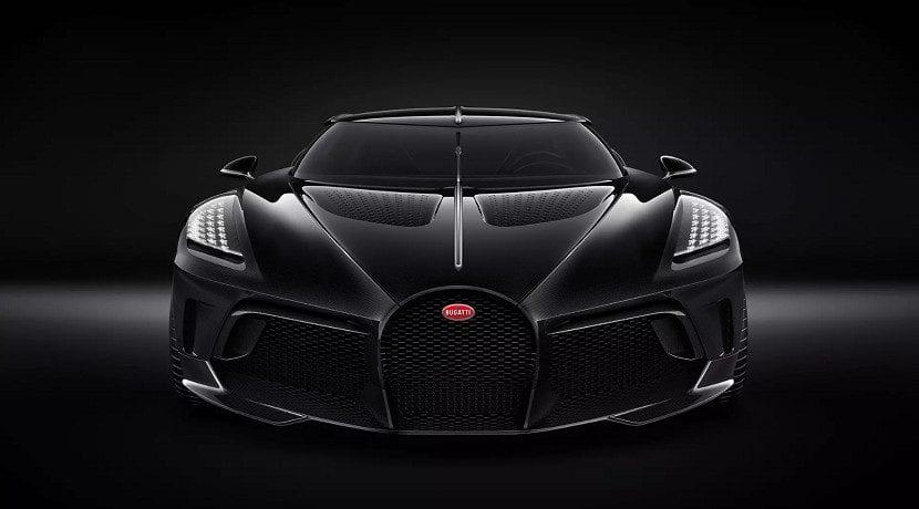 Frontal del Bugatti La Voiture Noir